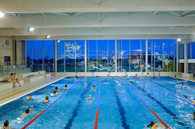 Loisirs culture sports loisirs ville de hallennes for Piscine weppes
